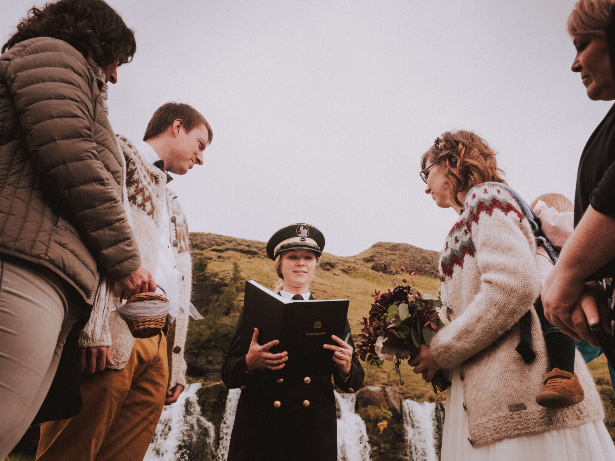 couple getting married in Iceland